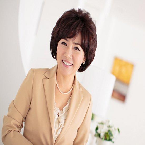 WIG 중년여성 탑피스 헤어보톡스 c컬 로얄 퓨추라 원사