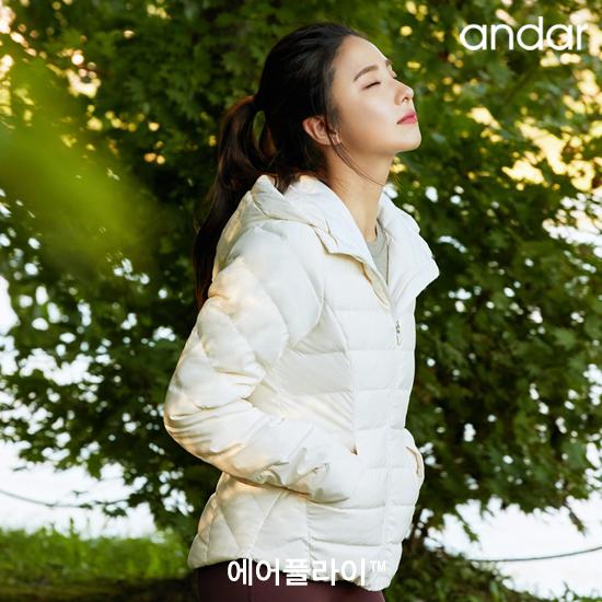 [안다르] 19WINTER 신세경 에어플라이 구스다운 재킷
